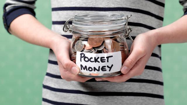 Как детей учат считать деньги за границей