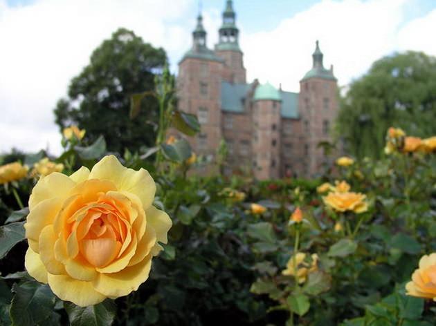 Замок Розенборг сады. Копенгаген Дания