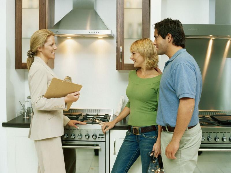 Стоит ли продавать квартиру в кризис