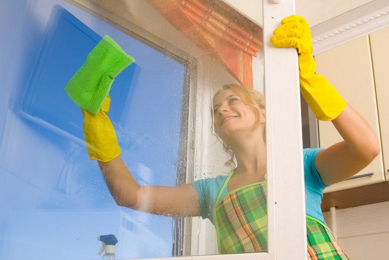 Как вымыть окна быстро и без разводов