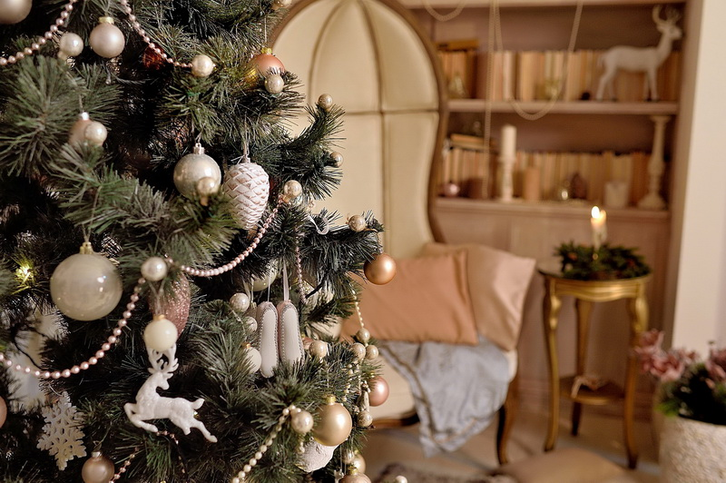 Украшаем новогоднюю елку