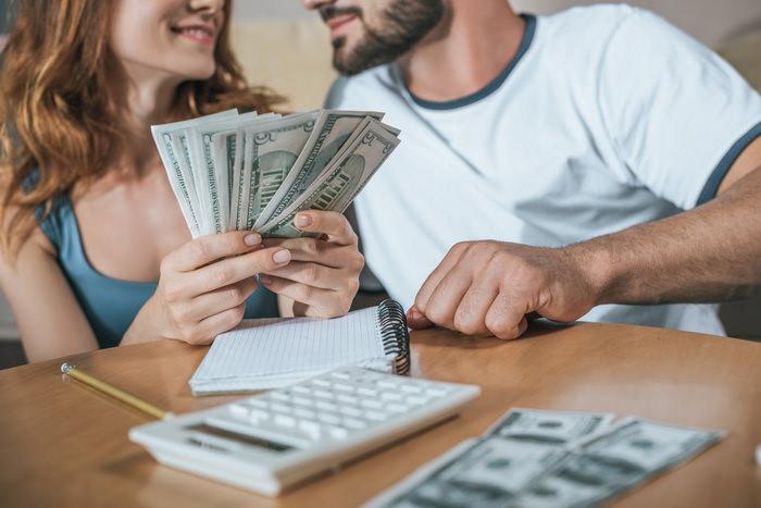 Как вести семейный бюджет - вместе или врозь